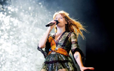 Florence and The Machine: Pisando fuerte y de puntillas
